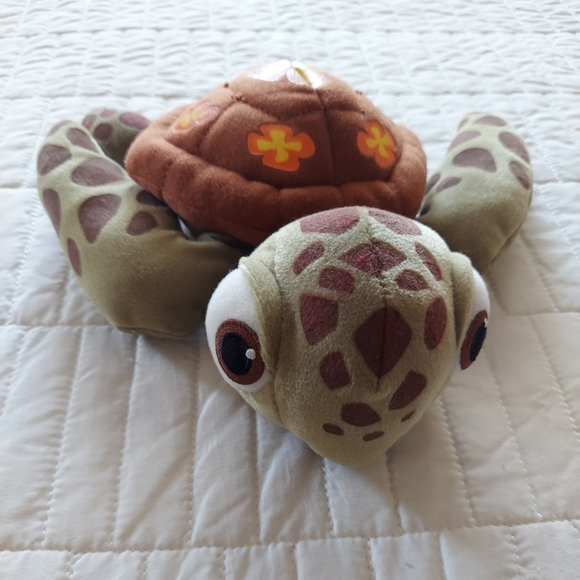 Finding Nemo Squirt the Turtle Plush